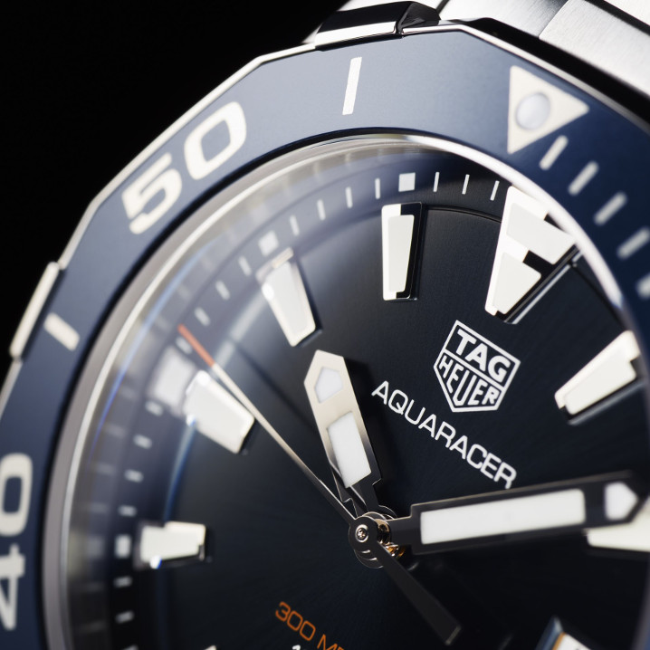 Швейцарские часы TAG Heuer Aquaracer WAY111C.BA0928, стрелки