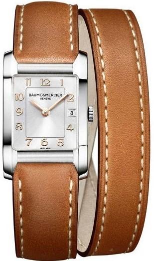Baume&amp;Mercier Hampton Lady MOA10110Наручные часы<br>Швейцарские часы Baume&amp;Mercier Hampton Lady MOA10110Часы входят в модельный ряд коллекции Hampton Lady. Это Женские часы. Материал корпуса часов — Сталь. Ремень — Кожа. В этих часах используется Сапфировое стекло. Часы выдерживают давление на глубине 50 м. Цвет циферблата - Серые. Из основных функций на циферблате представлены: часы, минуты. В этих часах используются такие усложнения как дата, . Размер данной модели 34,5х22мм.<br><br>Пол: Женские<br>Страна-производитель: Швейцария<br>Механизм: Кварцевый<br>Материал корпуса: Сталь<br>Материал ремня/браслета: Кожа<br>Водозащита, диапазон: 20 - 100 м<br>Стекло: Сапфировое<br>Толщина корпуса: None<br>Стиль: None