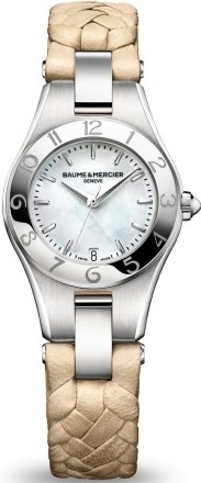 Baume&amp;Mercier Linea MOA10116Наручные часы<br>Швейцарские часы Baume&amp;Mercier Linea MOA10116Модель входит в коллекцию Linea. Это модные Женские часы. Материал корпуса часов — Сталь. Ремень — Кожа. Стекло - Сапфировое. Водозащита этой модели 50 м. Основной цвет циферблата Белый. Из основных функций на циферблате представлены: часы, минуты, секунды. В этих часах используются такие усложнения как дата, хронограф. Диаметр корпуса 32мм.<br><br>Пол: Женские<br>Страна-производитель: Швейцария<br>Механизм: Кварцевый<br>Материал корпуса: Сталь<br>Материал ремня/браслета: Кожа<br>Водозащита, диапазон: 20 - 100 м<br>Стекло: Сапфировое<br>Толщина корпуса: None<br>Стиль: None