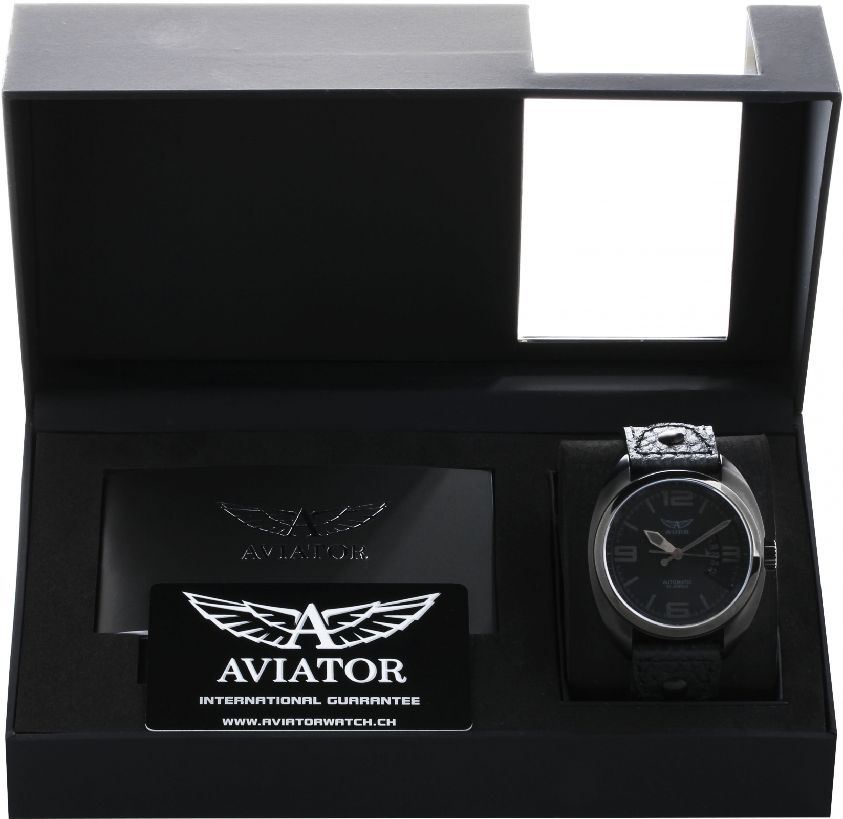 Aviator PROPELLER R.3.08.5.093.4Наручные часы<br>Швейцарские часы Aviator PROPELLER R.3.08.5.093.4<br><br>Пол: Мужские<br>Страна-производитель: Швейцария<br>Механизм: Механический<br>Материал корпуса: Сталь<br>Материал ремня/браслета: Кожа<br>Водозащита, диапазон: 20 - 100 м<br>Стекло: Сапфировое<br>Толщина корпуса: 14 мм<br>Стиль: Классика