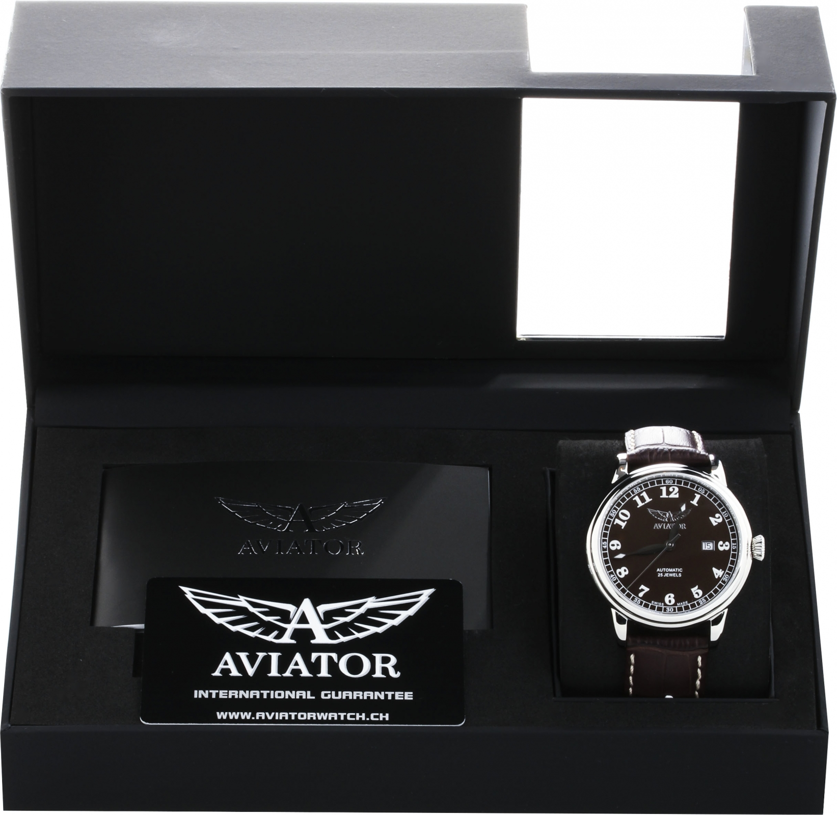 Aviator Douglas V.3.09.0.026.4Наручные часы<br>Швейцарские часы Aviator Douglas V.3.09.0.026.4Данная модель &amp;mdash; яркий представитель коллекции Douglas. Это модные Мужские часы. Материал корпуса часов &amp;mdash; Сталь. Ремень &amp;mdash; Кожа. В этих часах используется Сапфировое стекло. Водозащита - 50 м.<br><br>Пол: Мужские<br>Страна-производитель: Швейцария<br>Механизм: Механический<br>Материал корпуса: Сталь<br>Материал ремня/браслета: Кожа<br>Водозащита, диапазон: 20 - 100 м<br>Стекло: Сапфировое<br>Толщина корпуса: None<br>Стиль: None