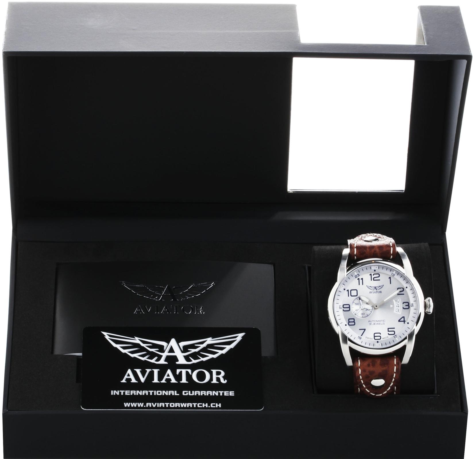 Aviator Bristol Bulldog V.3.18.0.101.4Наручные часы<br>Швейцарские часы Aviator Bristol Bulldog V.3.18.0.101.4<br><br>Пол: Мужские<br>Страна-производитель: Швейцария<br>Механизм: Механический<br>Материал корпуса: Сталь<br>Материал ремня/браслета: Кожа<br>Водозащита, диапазон: 20 - 100 м<br>Стекло: Сапфировое<br>Толщина корпуса: 13 мм<br>Стиль: Классика
